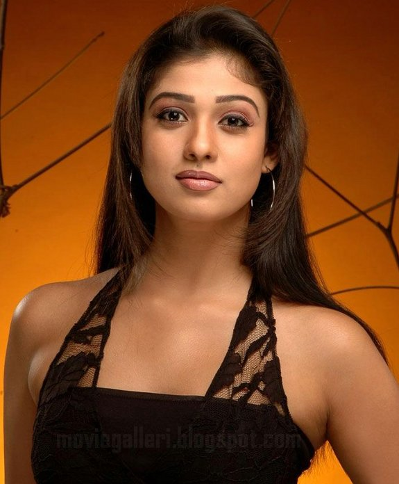 [nayanthara-latest-hot-pics-06.jpg]