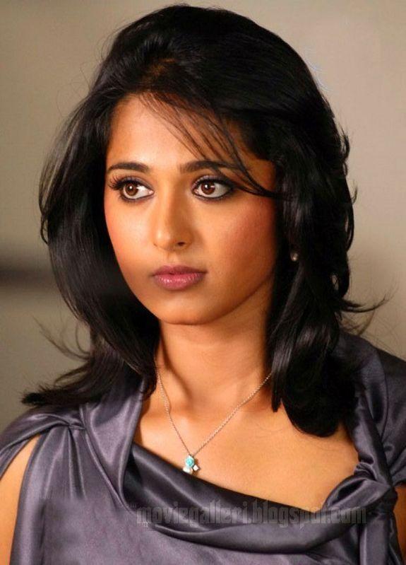 [Anushka-Panchakshari-Movie-Stills-Photos-07.jpg]