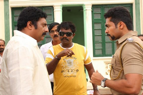 [singam-shooting-stills-01.jpg]