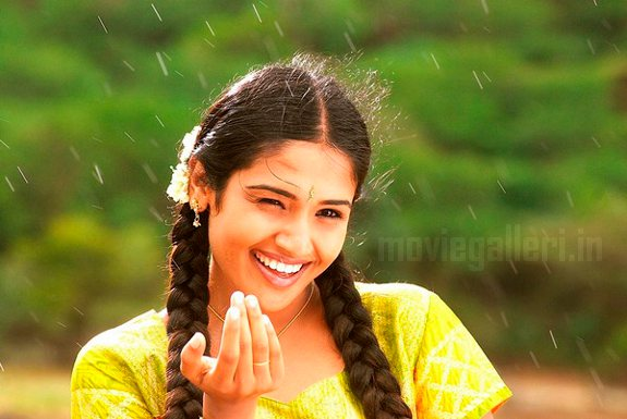 http://4.bp.blogspot.com/_kLvzpyZm7zM/TB48LeiirDI/AAAAAAAAP-E/4mXeEHwNtQI/s1600/Tamil_actress_vidya_stills_photos_02.jpg
