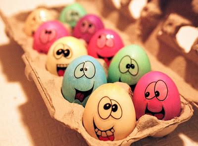Šarena uskršnja jaja obojena biljčicama i voćem Uskrsnja_jaja_farbanje_dezeni_dizajn+(4)