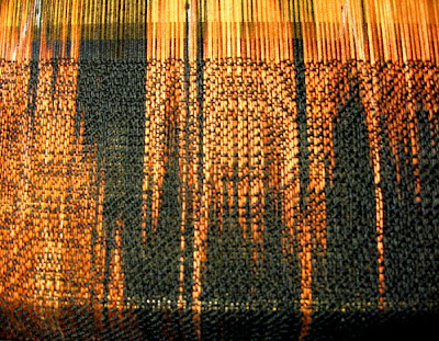 Discharged warp cotton in network twill pattern