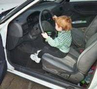 Malessere del padre, bimbo di sei anni al volante
