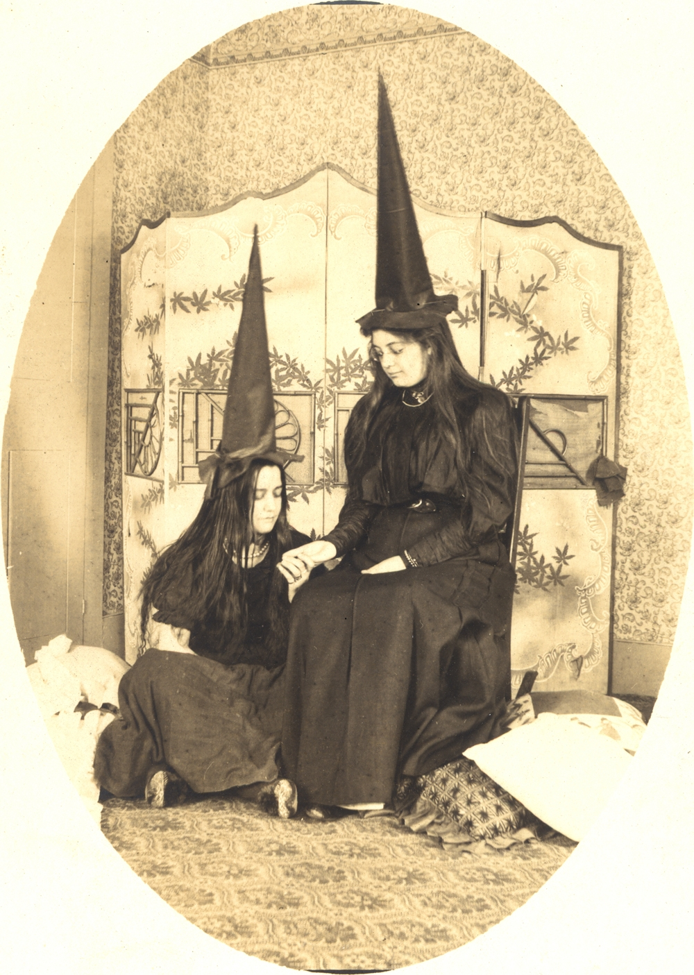 witch fashion 1900 - Halloween History Witches