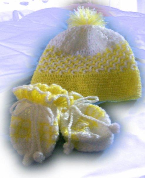 topi & sarung tangan bayi