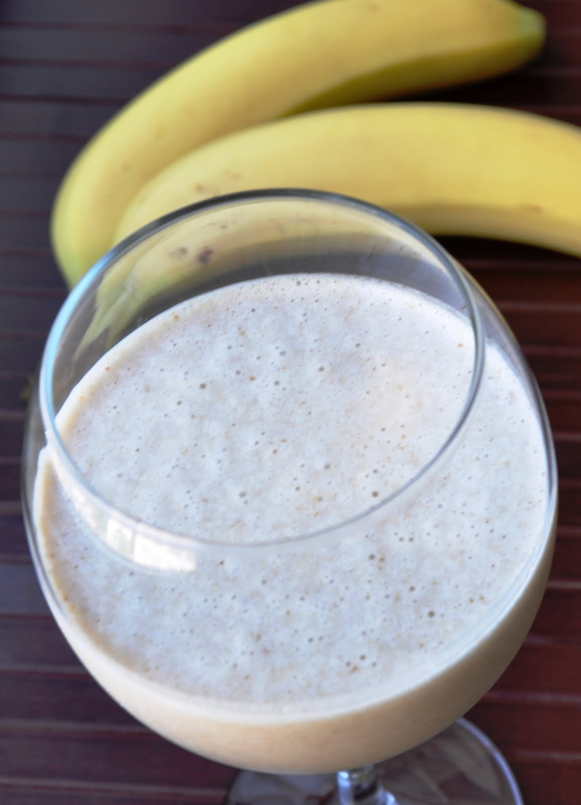 Peanut Butter & Banana Smoothie... made with Low Fat Milk and Agave ...