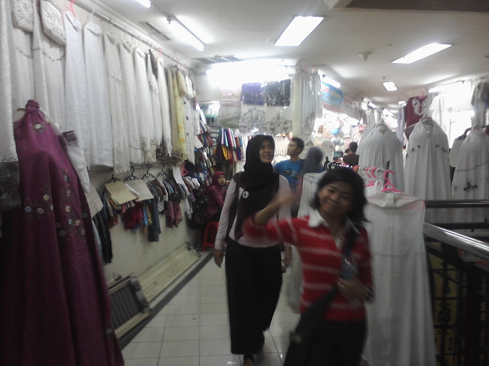 Wisata belanja di bandung pasar baru bandung Baju gamis pasar baru bandung