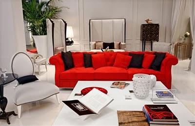 El blog de christopher guy contraste un sof rojo en un sal n blanco - Mueble salon rojo ...