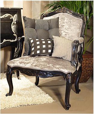 Decoraci n tendencias en estilo cl sico dos sillones - Sillones para recibidor ...