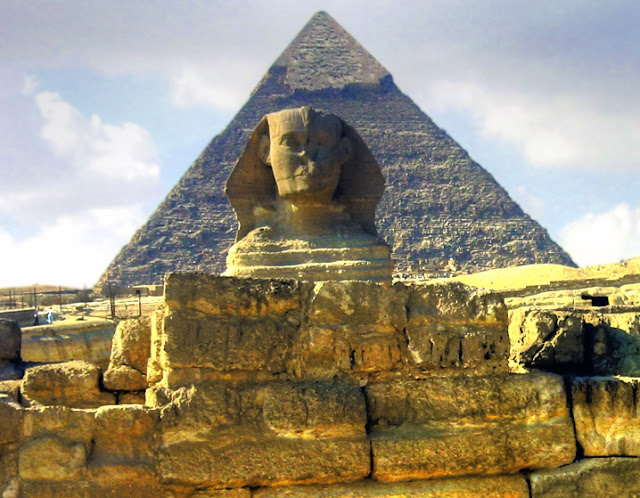 great pyramid of giza  picture egypt sphinx of giza