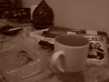 alicia toma el té