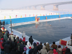Impressive Winter Swimming by the Old