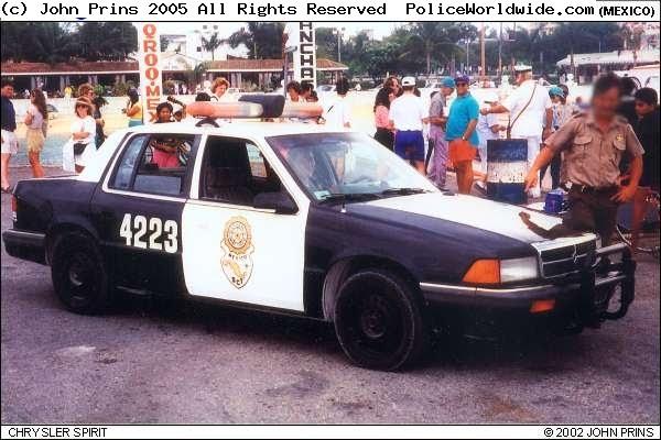 Fotos de patrullas de federal de caminos 92