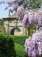 Westwood Manor gateway