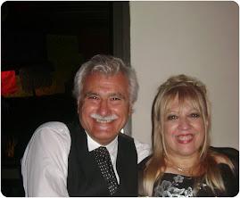 Pastores Mónica y Raúl Flores (Foto actualizada)