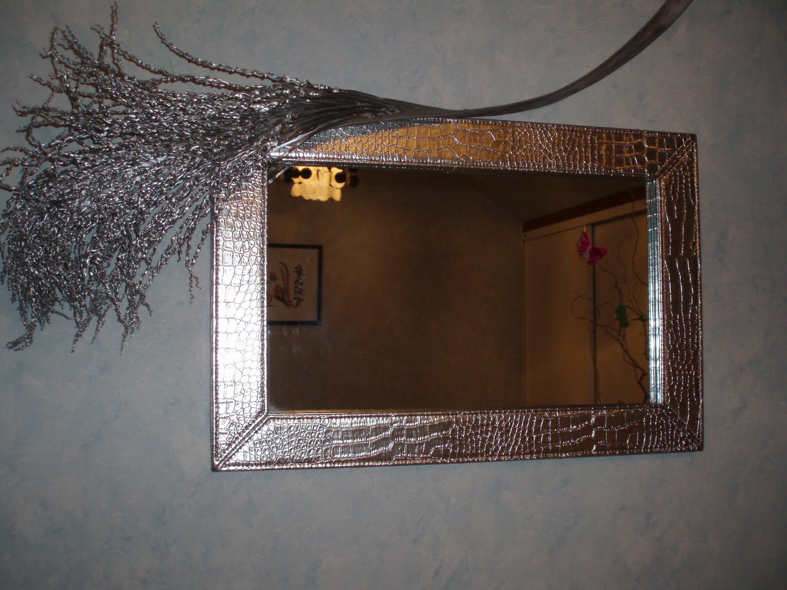 Customiser un miroir ancien maison design for Vieillir miroir