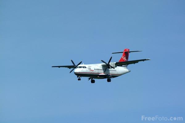 Foto Gambar Pesawat Terbang 05