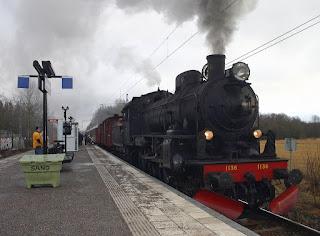Foto Kereta Api Lokomotif 1