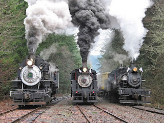 Foto Kereta Api Lokomotif 3