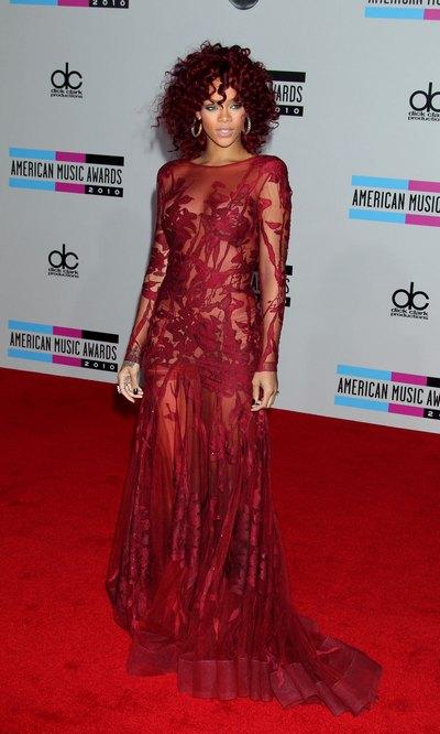 Ou trouver la robe rouge de rihanna
