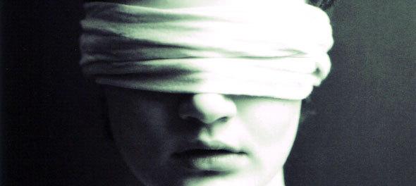 http://4.bp.blogspot.com/_kZeI-4gaaIc/THHoX9opnVI/AAAAAAAAAO4/GjLHHRJD8GY/s1600/Liberte-se-de-toda-cegueira-em-nome-de-JESUS-CRISTO.jpg