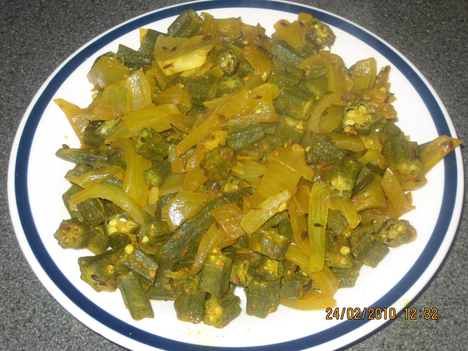 how to make lady finger vegetable in hindi