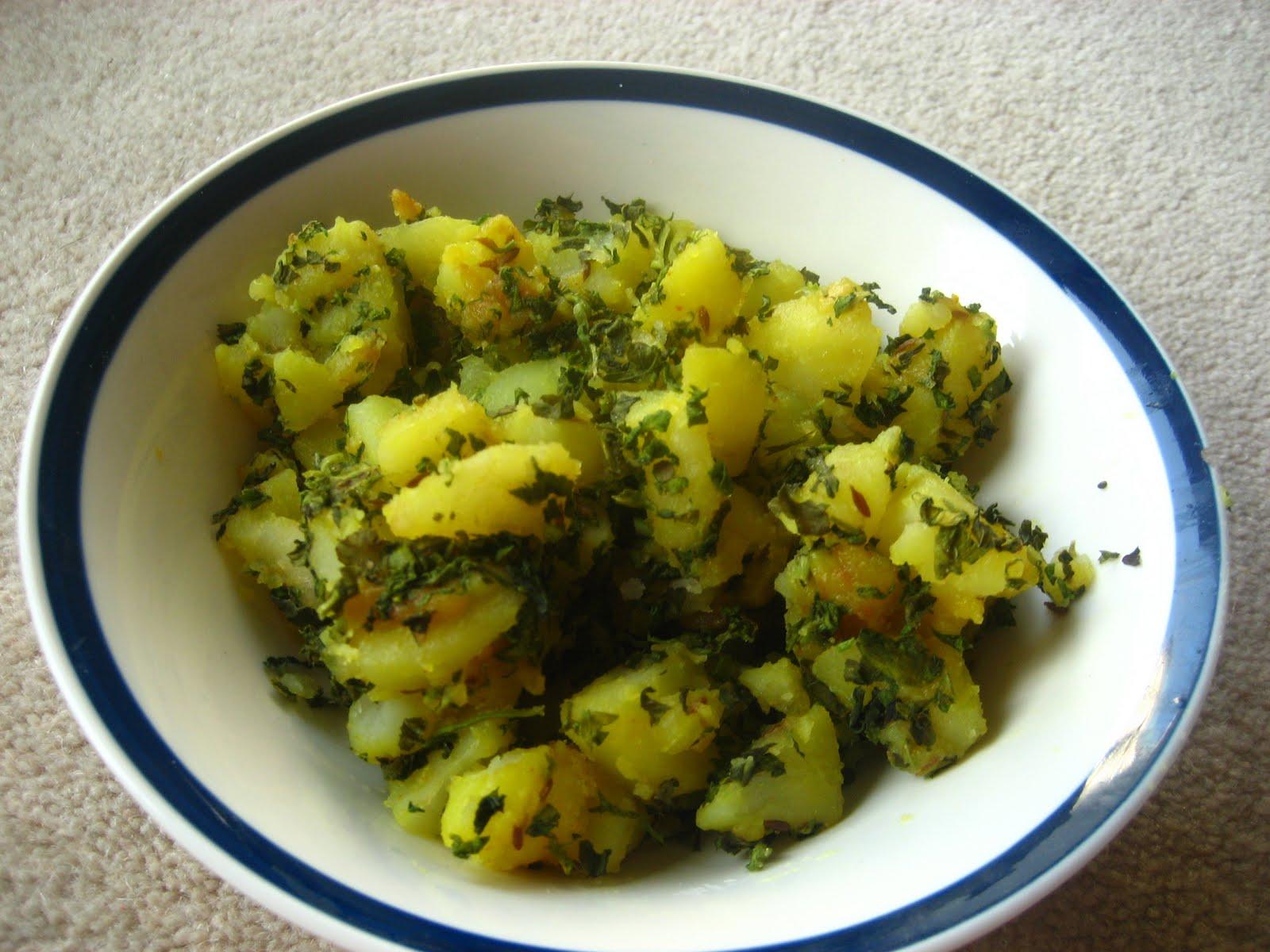 Meri Rasoi: Aloo Methi (Potato and Fenugreek Leaves Vegetable)