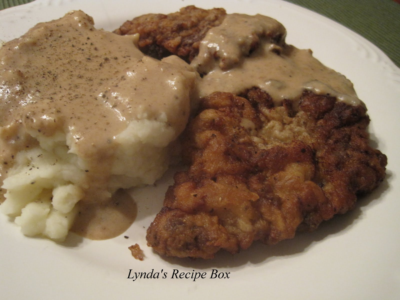 Lynda's Recipe Box: Chicken Fried Steak with Creamy Gravy