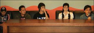 Yovie dan Nuno Menjaga Hati MP3 Download Percuma Lyric Youtube Video Song Music Ringtone Malay Indonesia New Top Chart Artist Group Band Lagu Baru codes zing tab 4 shared