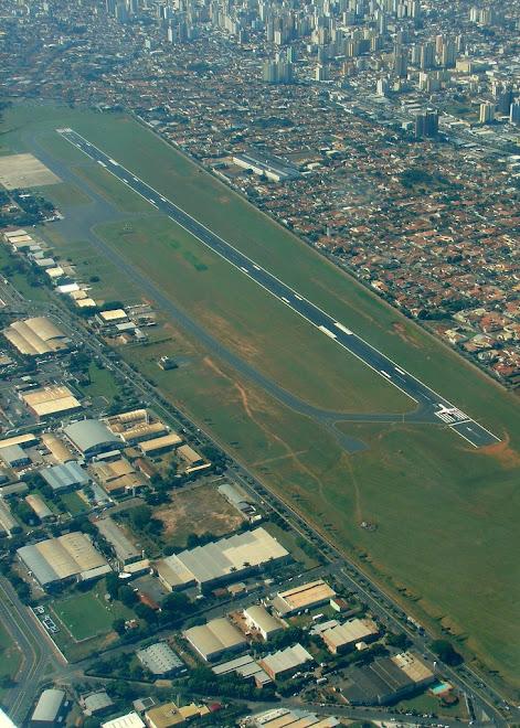 .Denominado Aeroporto Estadual Prof. Eribelto Manoel do Reino, é um dos principais do Estado de São