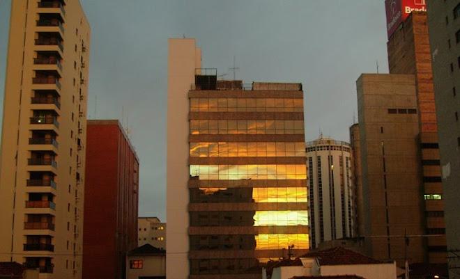 Reflexo do por do sol