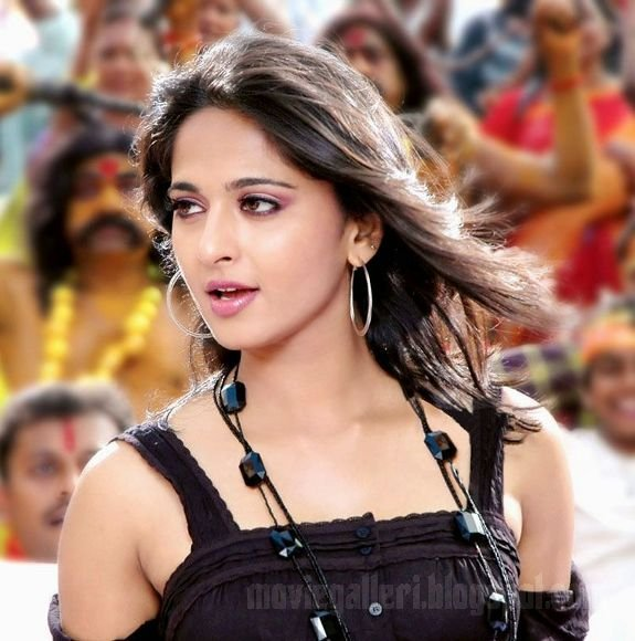 latest movie wallpapers. Images from latest Movie,