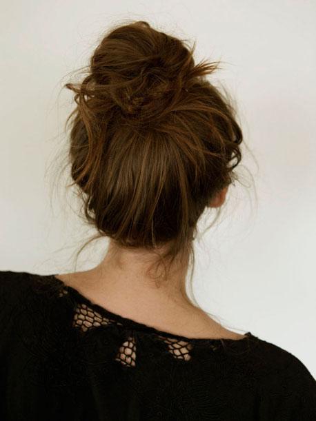 How to Messy Bun Hair