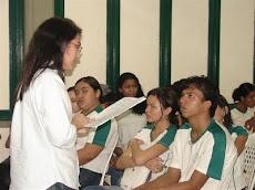 Escola Civitas - Pesquisa sobre Juventude