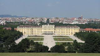 Дворец Шёнбрунн в Вене, Австрия