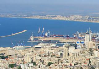 Хайфа – город портовый. Вид на Средиземное море. Вид на Хайфу с горы Кармиель.