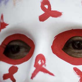http://4.bp.blogspot.com/_kiS_jZ0hBKM/TBPhfVlpeEI/AAAAAAAAAEo/1M0RLGay9Zs/s320/HIVAIDS-%28allianz%29.jpg