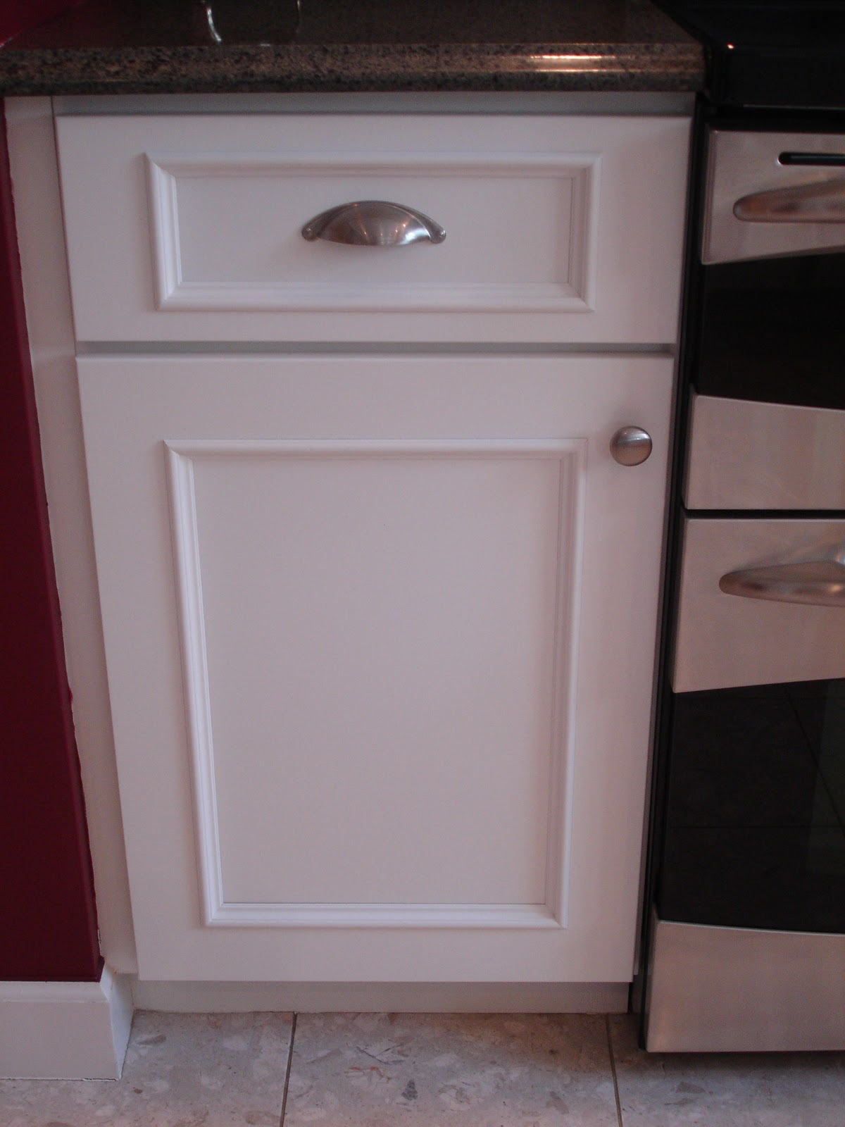 How to Add Molding to Flat CabiDoors