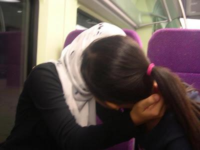 Lesbian dalam Islam disebut sebagai musahaqah, iaitu melakukan