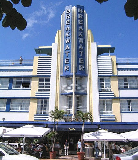 art and architecture mainly art deco in miami beach