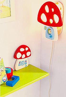 Dormitorios infantiles lamparas para las habitaciones for Lamparas pared infantiles