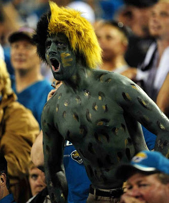 http://4.bp.blogspot.com/_kpA45f4pzBs/SstgtdVlmAI/AAAAAAAAD5g/ZhGbVJfBGpc/s400/Crazy-NFL-Fans-191.jpg