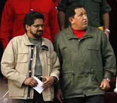 Comandante guerrillero Iván Márquez al lado del Presidente de la República Bolivariana de Venezuela