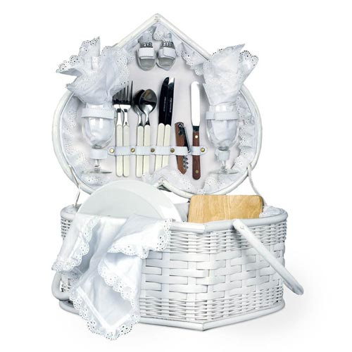 Wedding Shower Gift Basket Ideas : Wedding Heart Romantic Picnic Basket