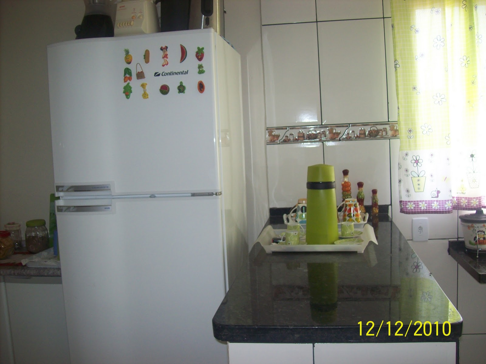Arte de Bijoux: Minha cozinha nova  #7B7E4D 1600 1199