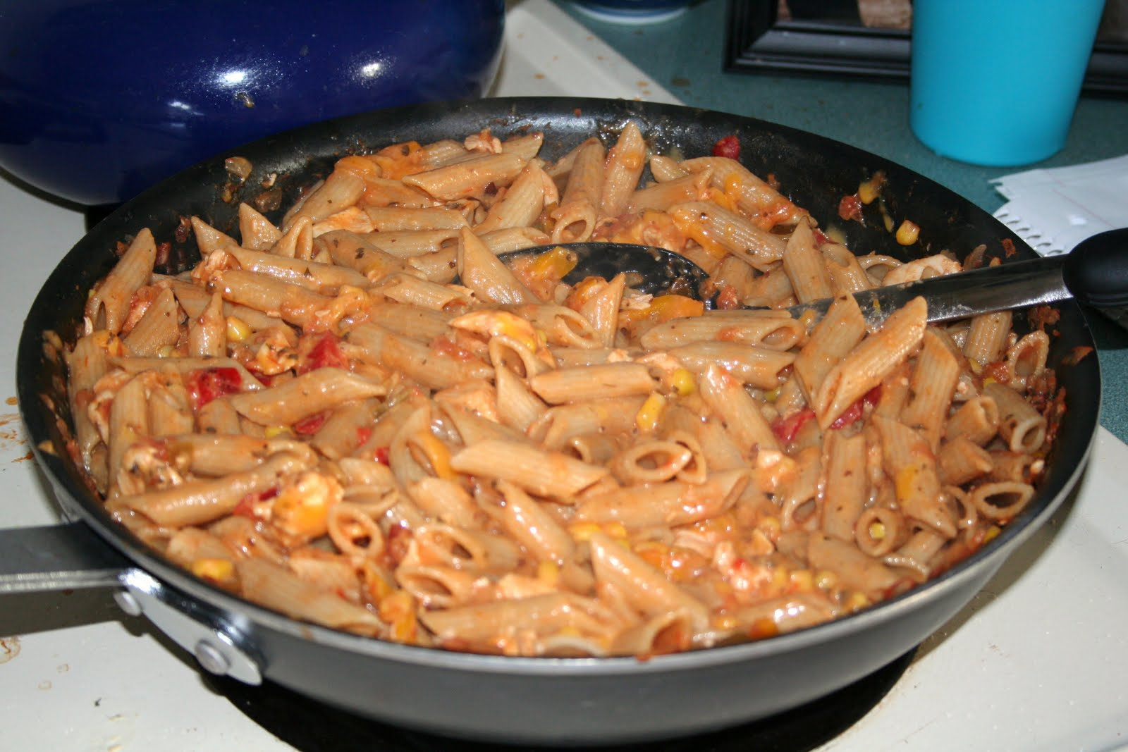 Yummy in my Tummy: Cheesy Chicken and Salsa Skillet
