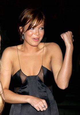 Mandy Moore See Through Dress, Nice Nipples | Nude Photos ... Zach Braff Mandy Moore