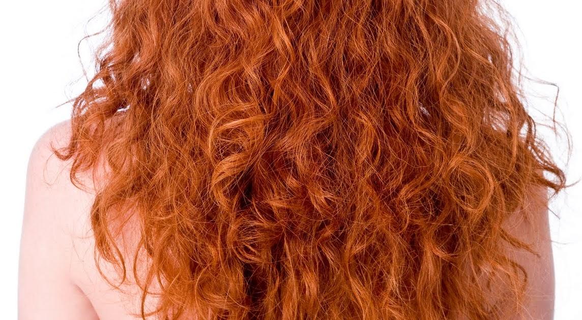 cheveux boucl s les bienfaits du vinaigre de cidre pour les cheveux. Black Bedroom Furniture Sets. Home Design Ideas