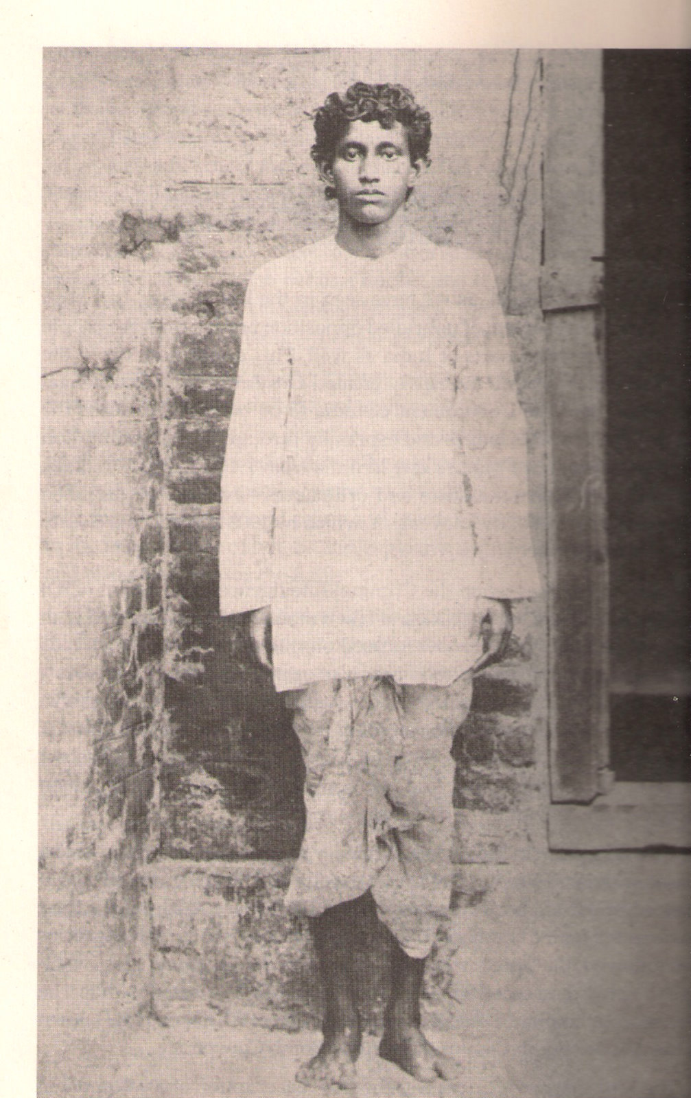 the gita and the dom of hindu history khudiram bose 1889 1906 was a young revolutionary from bengal he was brought up a deep knowledge of the hindu heritage and he was constantly pained
