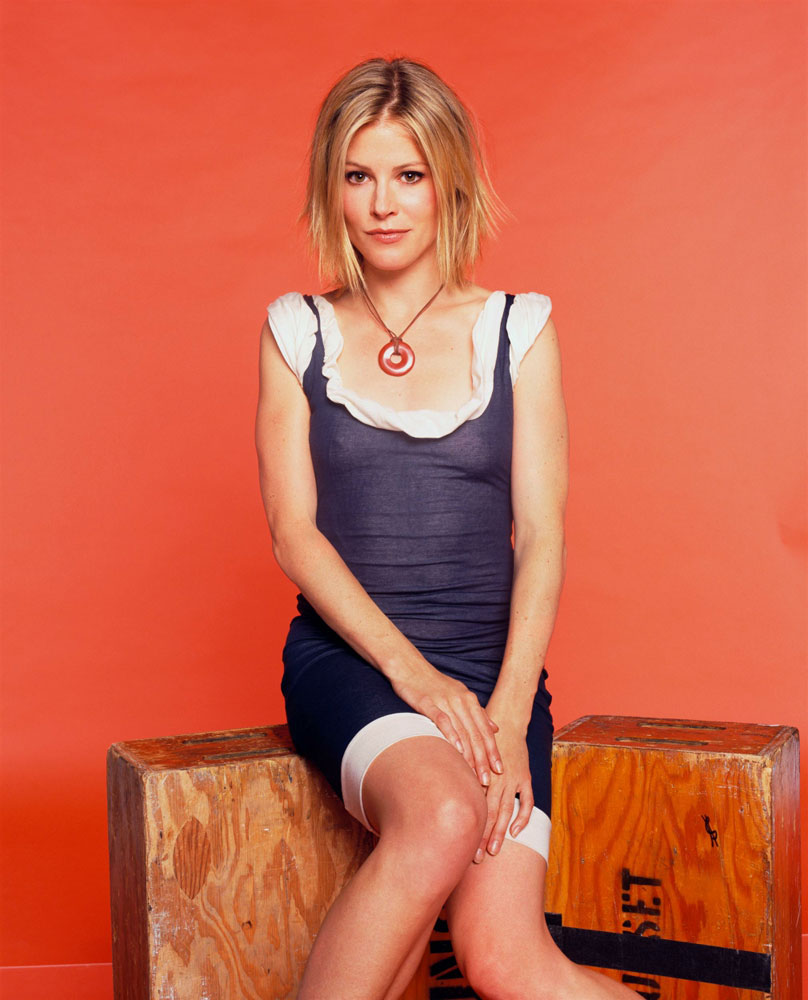 A. J. Bowen HD Wallpapers Julie Bowen Wallpapers